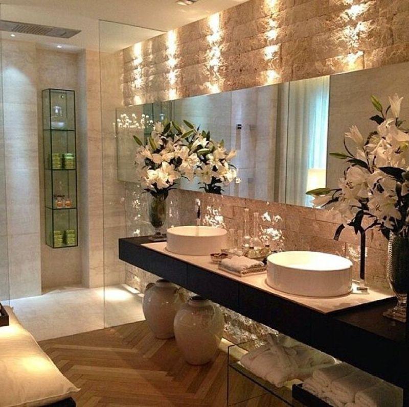 Une bien jolie salle de bain...\