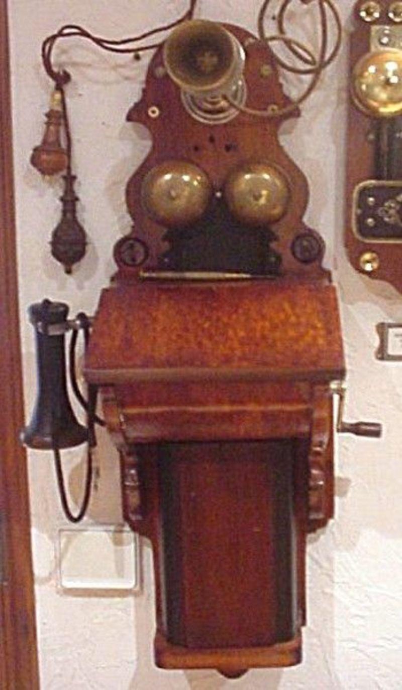 t l phone mural ericsson de 1890. Black Bedroom Furniture Sets. Home Design Ideas