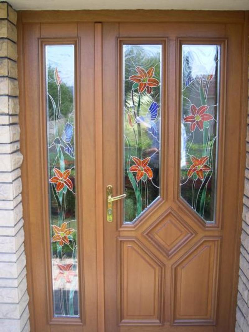 De bien jolis vitraux pour cette porte - Porte d entree avec vitrail ...